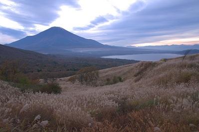 三国峠の富士山1